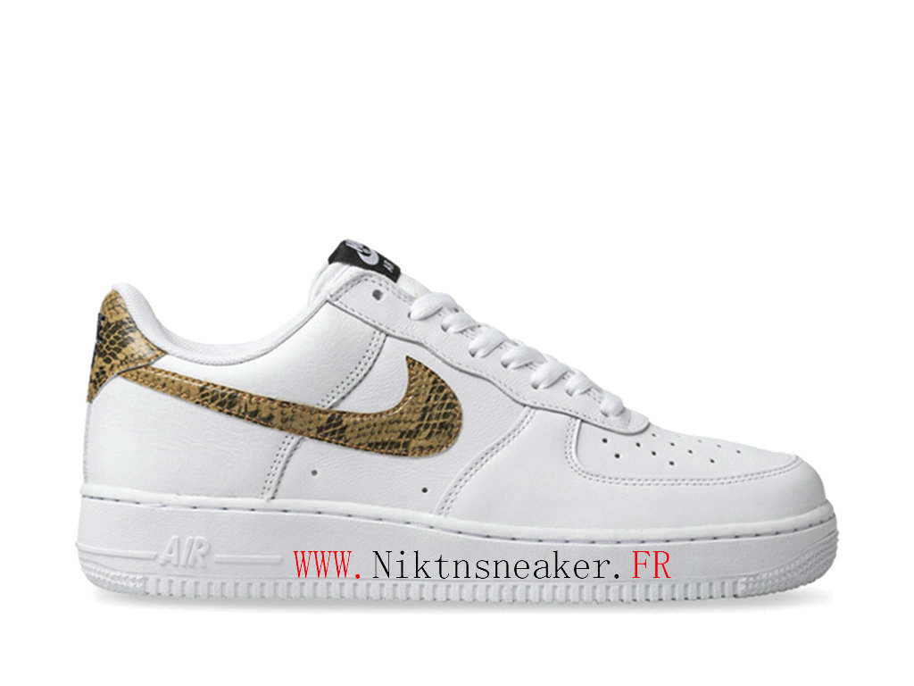 2020 Nike Air Force 1 Low Black Yellow / White Men ́s Women ́s Nike Basketball Shoes AO1635 100